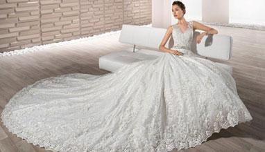 Сватбен Каталог предоставя богатство и разнообразие от зимни сватбени рокли