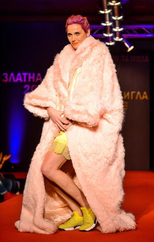 Академията за мода отличи най-добрите модни творци със Златна игла 2016