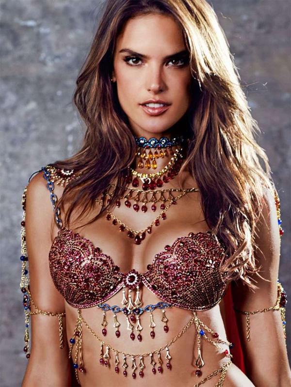Един от символите на Victoria's Secret напуска бранда