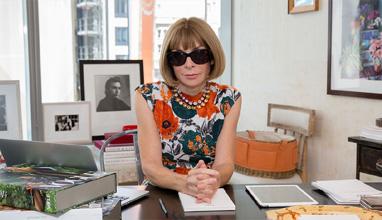 Модна редакторка с награда на Британската империя