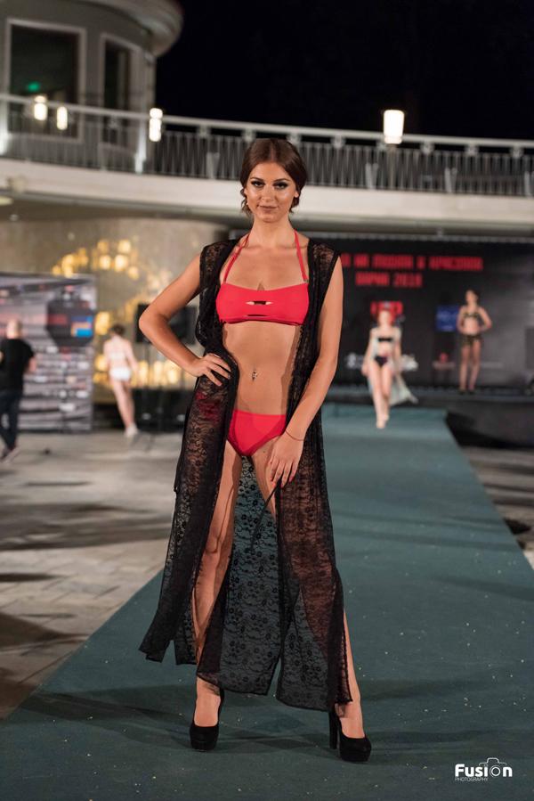 Бански костюми от Авандард по време на Фестивала на Модата и Красотата 2018
