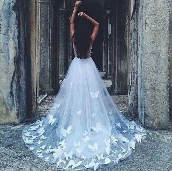 Колекция булчински рокли на модна къща