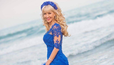 Текстописецът Дони Василева се омъжи в тоалет от Bridal Fashion
