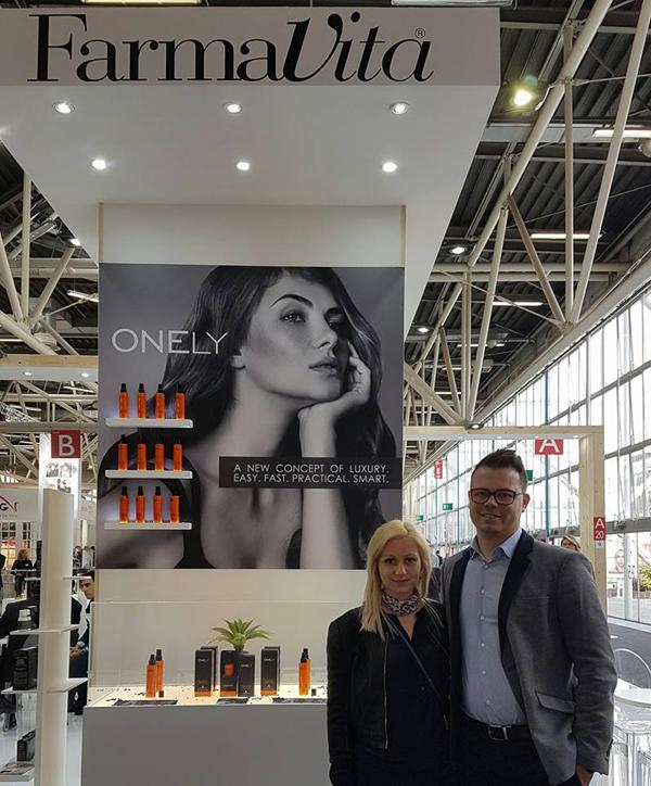 Елена Стефанова: Водеща тенденция в бюти индустрията е развитието на технологията в козметиката