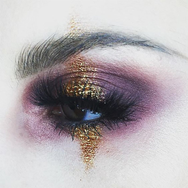 https://cdn.fashion.bg/img17/PittiUomo92_m.jpg