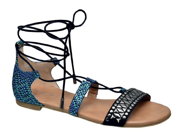 Ели Голдинг с колекция обувки за Deichmann