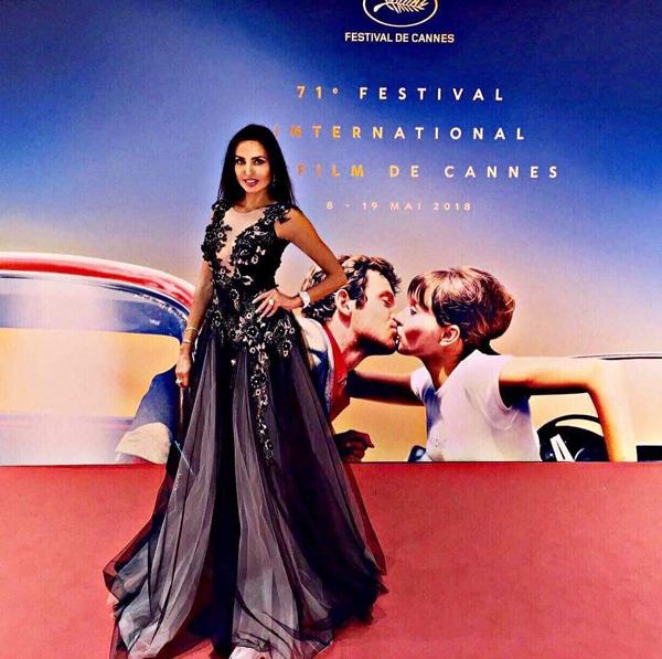 Наталия Гуркова впечатли Кан с рокля на