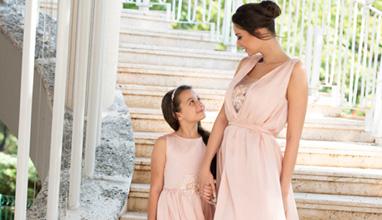 JN Secret представиха най-новата си уникална колекция от стилни дрехи за майки и техните малки принцеси по време на Фестивала на Модата и Красотата 2018