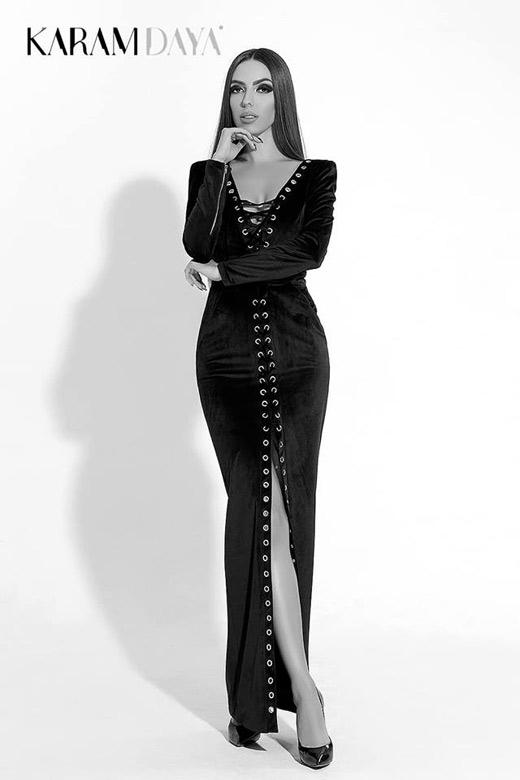 Топ моделът Жана Янева