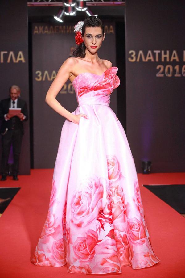 Моделът Мила Христова е новото лице и водеща на SOFIA FASHION WEEK AW 2017