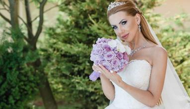 """Шефката на модна агенция Вип Фешън Груп – Мира Матеева каза заветното """"ДА"""" на своят любим"""