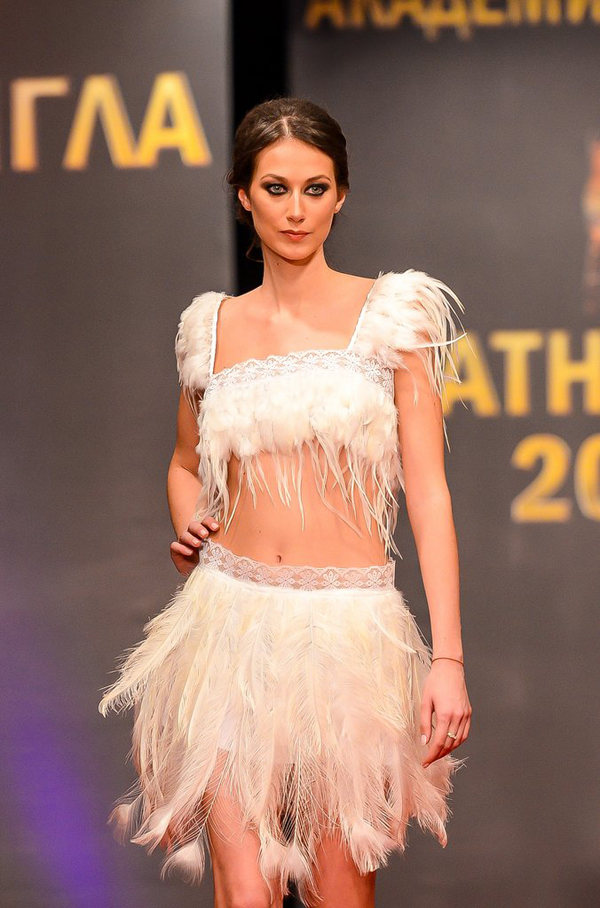 Представяме ви Деси Харизанова - Мис Родопи 2017