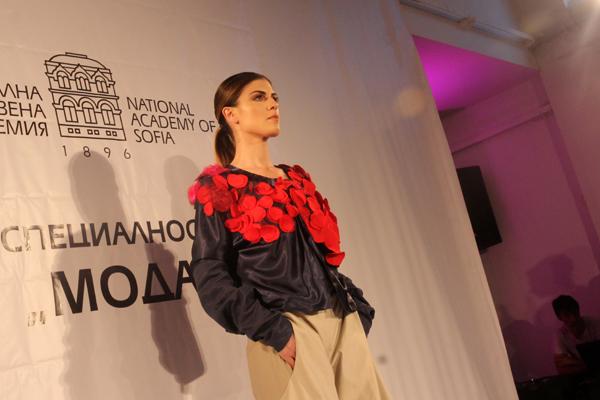 Дипломно модно ревю на студентите от Художествената академия