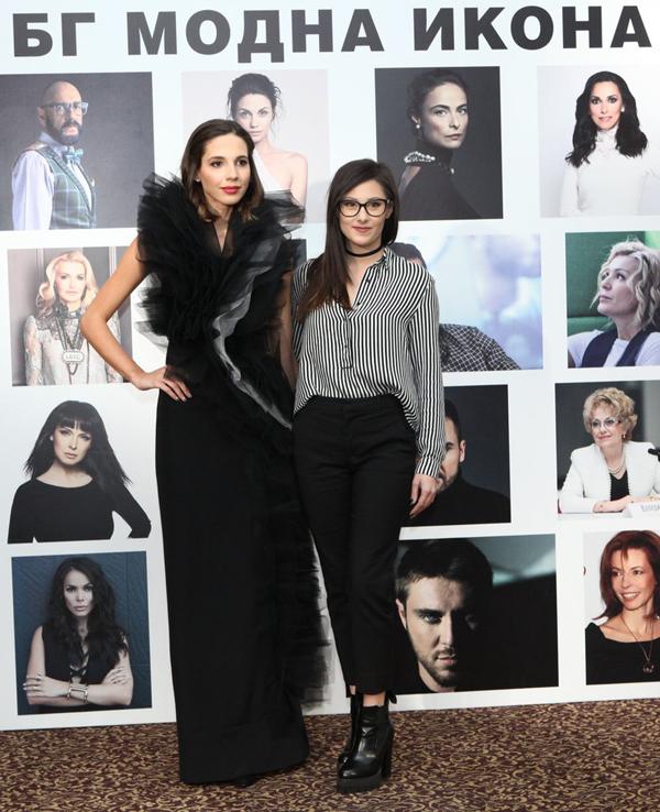 Студенти по мода от НХА показаха дизайнерските си предложения на