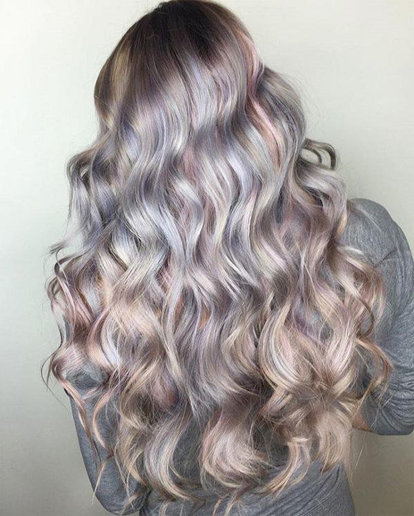 Нова тенденция при цвета на косите - седефена коса