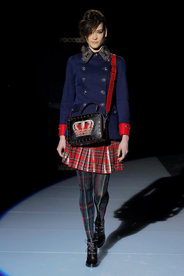 Колекция есен/зима 2017/18  на Roccobarocco е в бутик Bridal Fashion