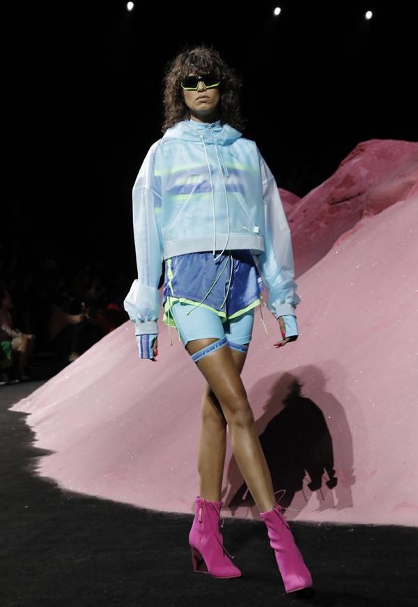 Риана представи Fenty x Puma по време на седмицата на модата в Ню Йорк