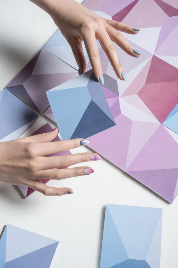 Нокти с цветовете на бъдещето