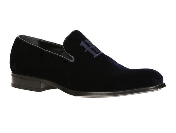 Слави Трифонов получава лично ръчно изработени бутикови обувки