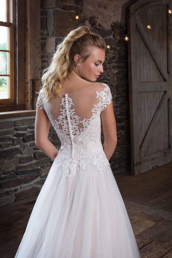 Sweatheart Gowns Preview 2018 от Bridal House