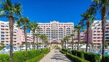 Модели от над 35 страни пристигат в хотел Majestic beach за Top international model of the world 2017