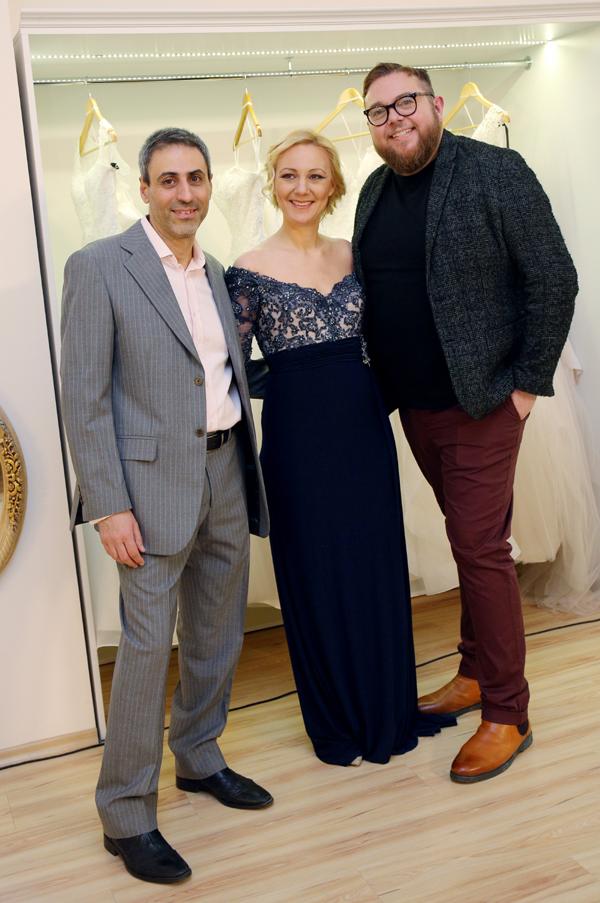 Поли Генова с тоалет на Тони Ментел за Justin Alexander 2019
