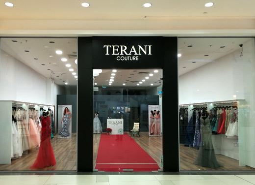Дизайнерските рокли на Terani Couture в нов монобранд бутик в София