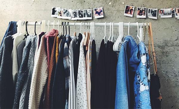 Как да се грижим адекватно за дрехите си според тъканите, от които са направени