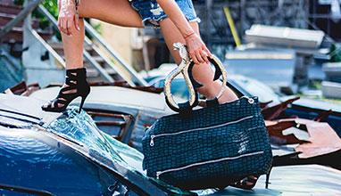 Уникалните дамски чанти D'QUEEN ще бъдат показани в София