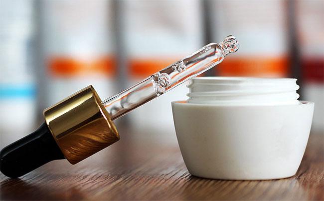 Всичко за хиалуроновата киселина - употреба и ползи за здравето