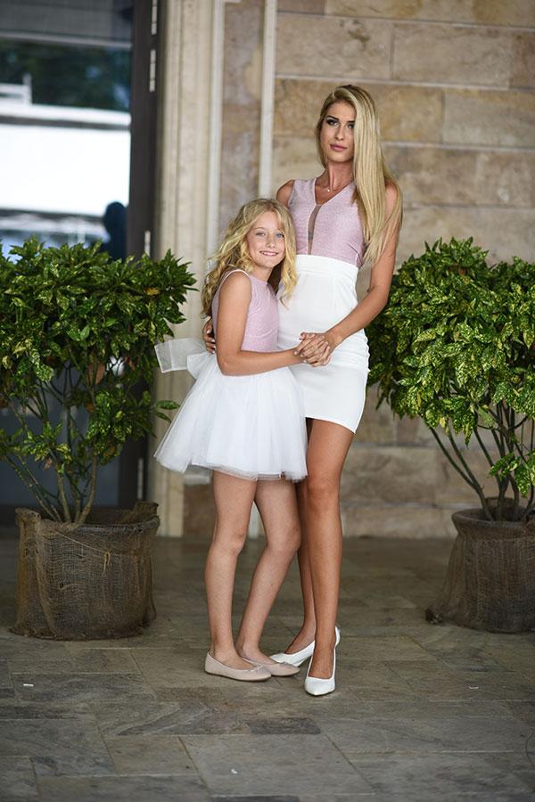 Колекция дамска мода и колекция - майка и дъщеря представена от  JN SECRET