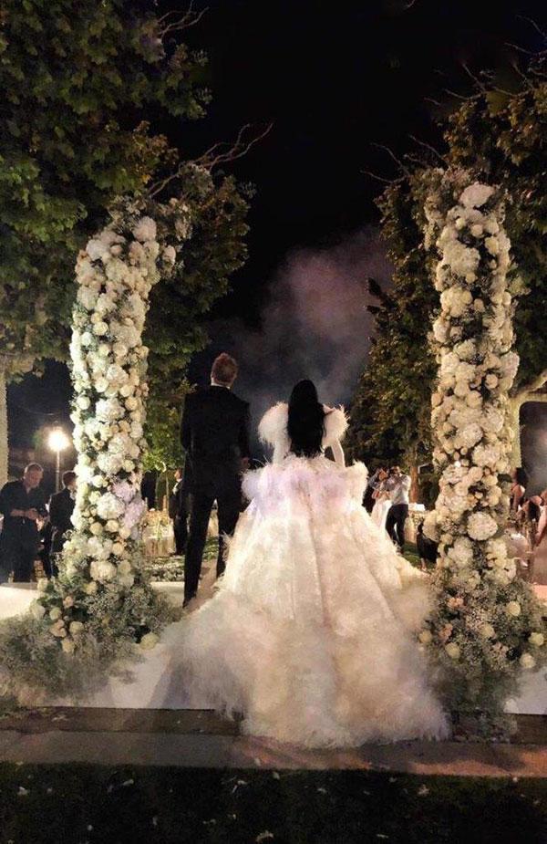 Цеци Красимирова с приказна сватба в Каталуния