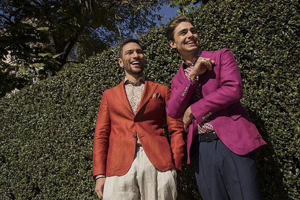 Академията за мода подпомага президентската кампания за абитуриенти, лишени от родителски грижи