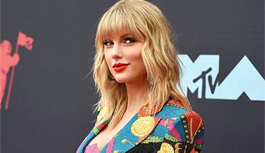 Певицата Тейлър Суифт обявена за изпълнител на десетилетието