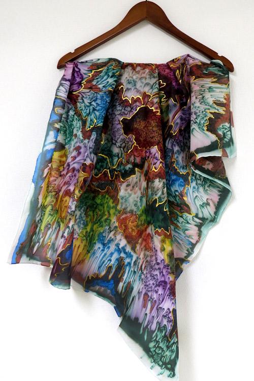 Рисувани шалове