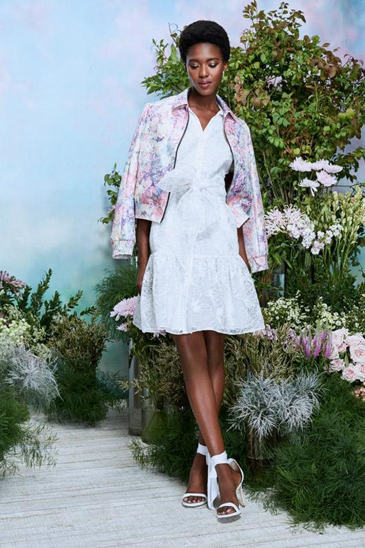 Дигитални ревюта в Салeрно на брандове, представени от Bridal Fashion