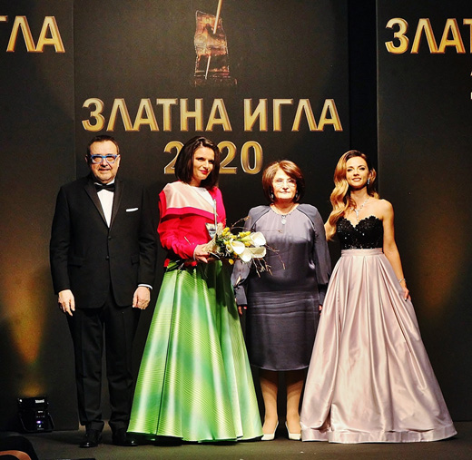 Проф. Любомир Стойков, Диляна Матеева, Виолина Маринова и Радослава Лазарова  (от ляво надясно)