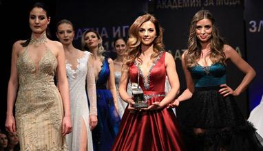 Радослава Лазарова: За модата по време на пандемия