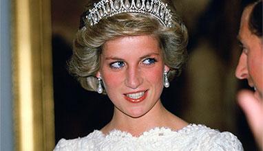 Кралските особи, които се отказаха от привилегиите си преди принц Хари