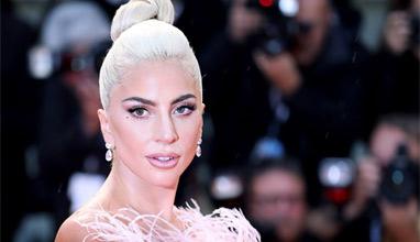 Лейди Гага е лице на новия аромат на Валентино