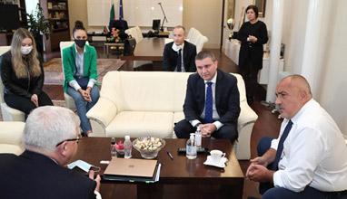 Бойко Борисов разпореди - Ще има изпращане на абитуриентите през настоящата учебна година