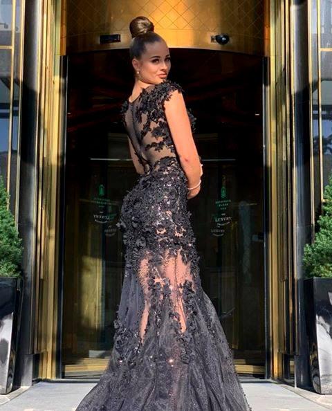 Най-стилните абитуриенти 2020 - Бални рокли в черно