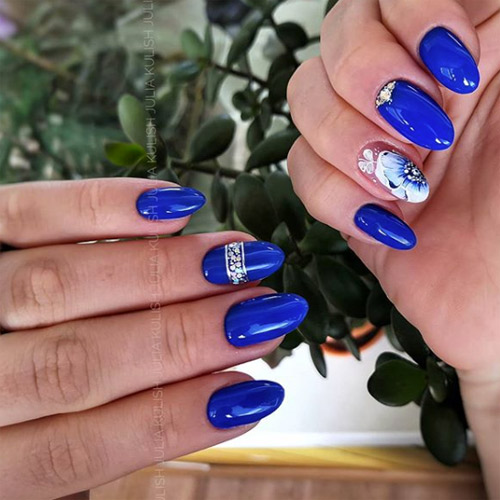 Класическо синьо