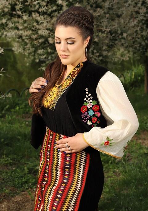 Ралица Стоянова от Ямбол