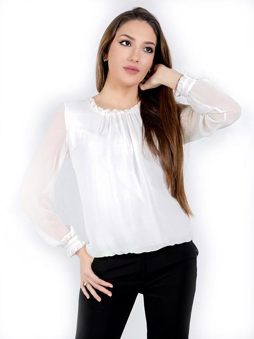 Бяла блуза с дълъг ръкав