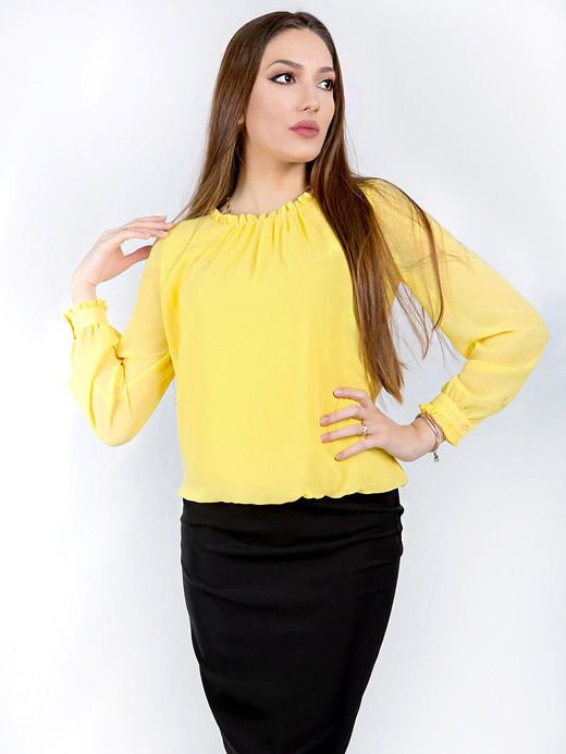 Жълта блуза с дълъг ръкав