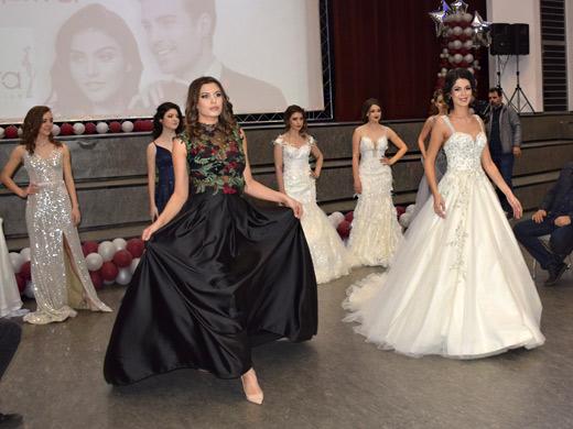 Бални рокли Русе