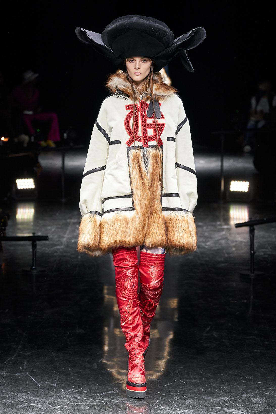 https://cdn.fashion.bg/img21/Dior04.jpg
