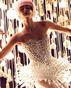 "On Aura Tout Vu създадоха рокля ""ваксина"""