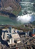 Грандиозно повторно откриване на Fashion Outlets of Niagara Falls следващата седмица